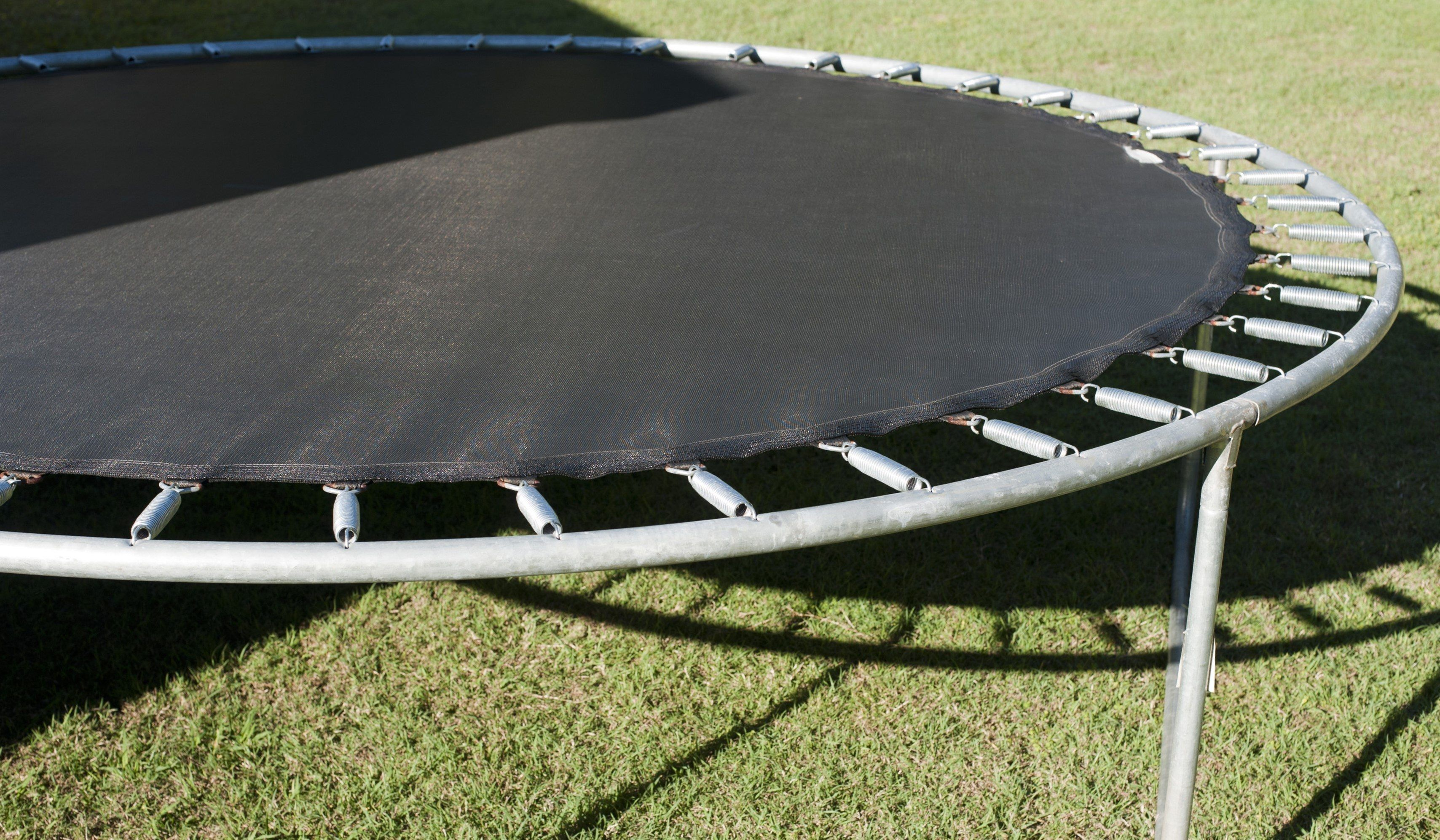 Pin By Ckkmym On Abul In 2020 Best Trampoline Trampoline Steps Outdoor Entertaining Area