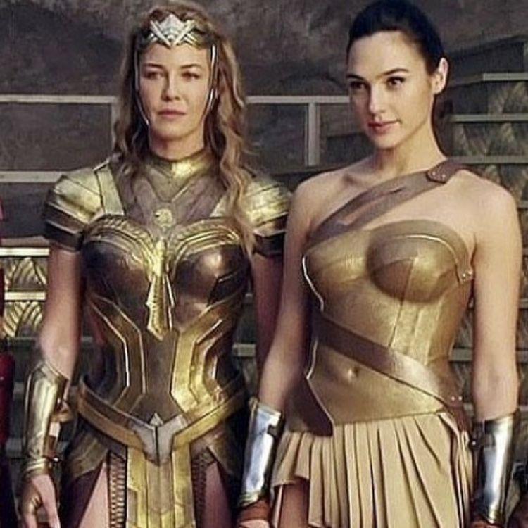 Superman Y Mujer Maravilla Por Paola Torres En Wonder Woman