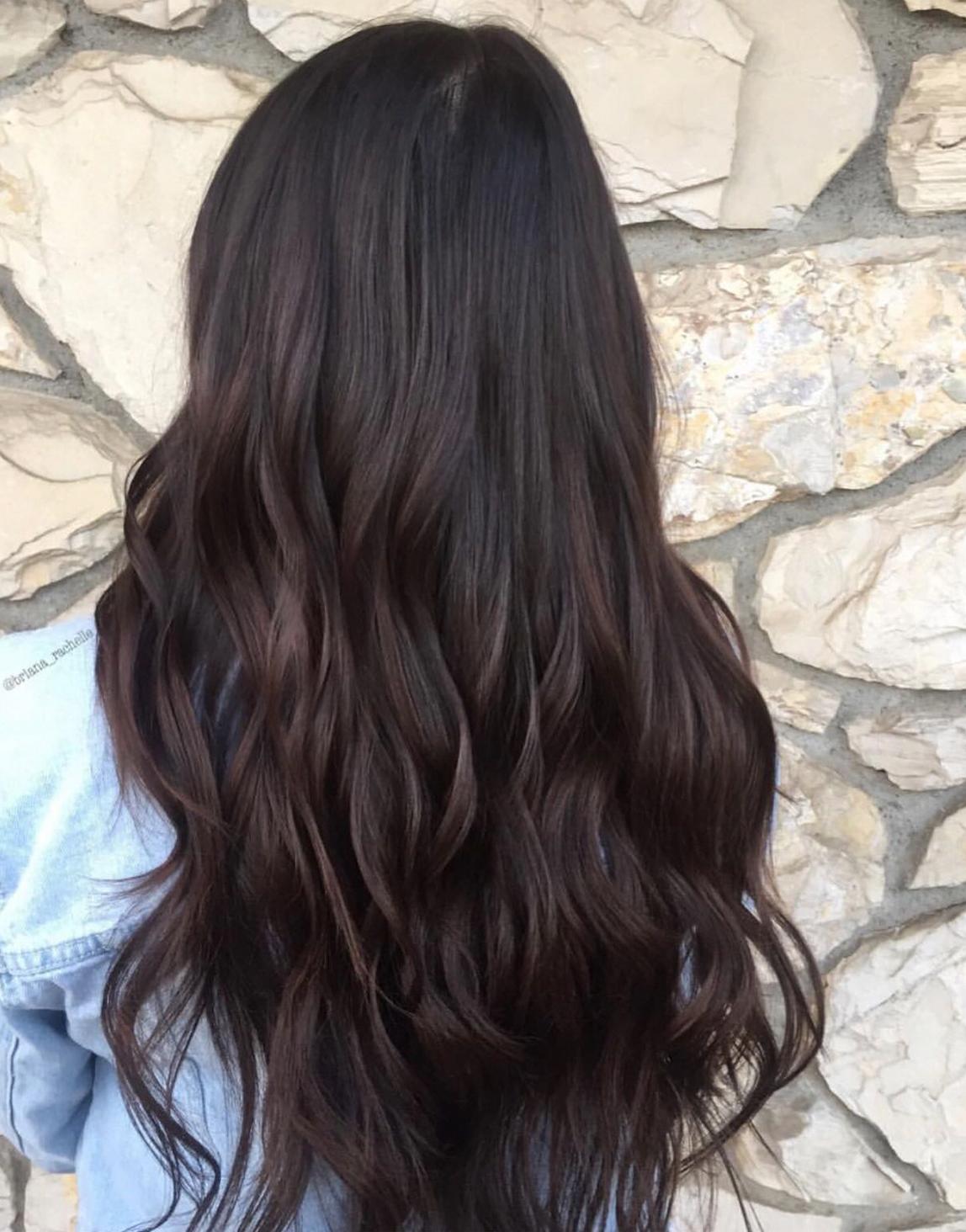 Photo of # cabello castaño oscuro