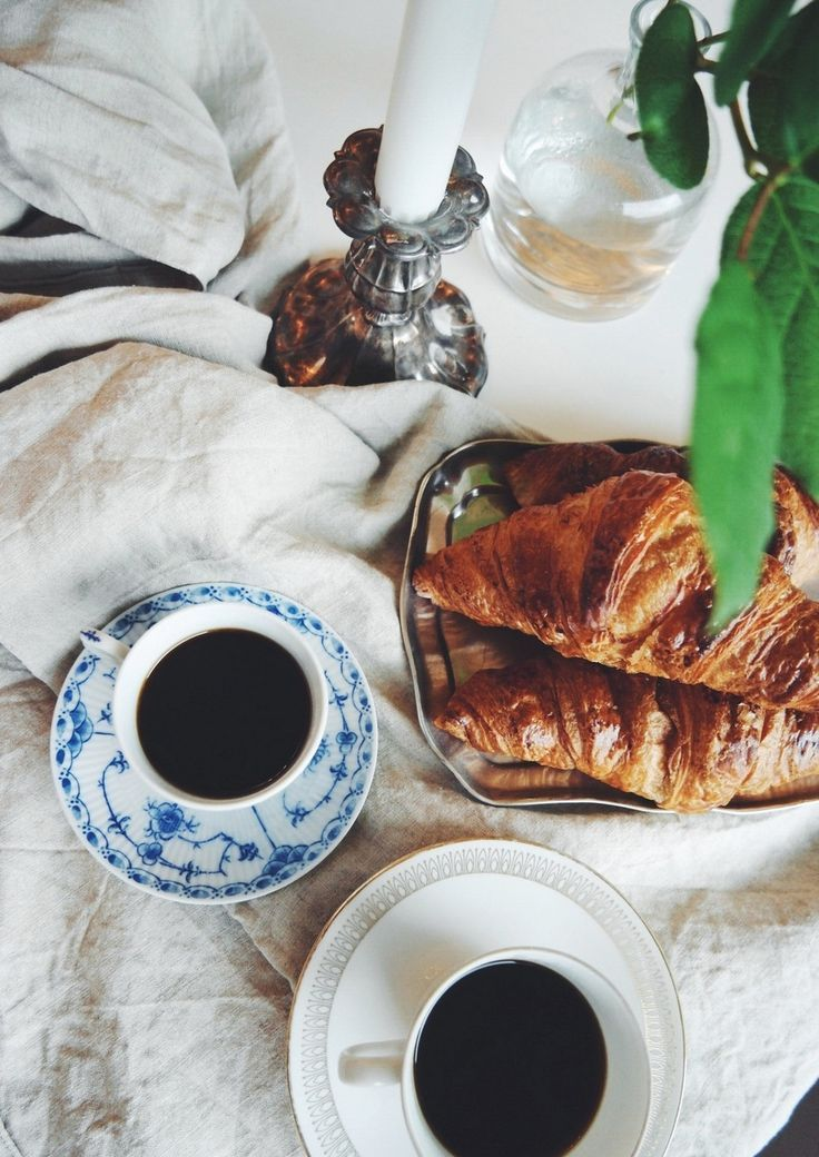Scandinavian Paris lover. #Löfbergs #Lila #denmark #porcelain #croissant #scandistyle #coffee #morning #important #scandinaviandesign
