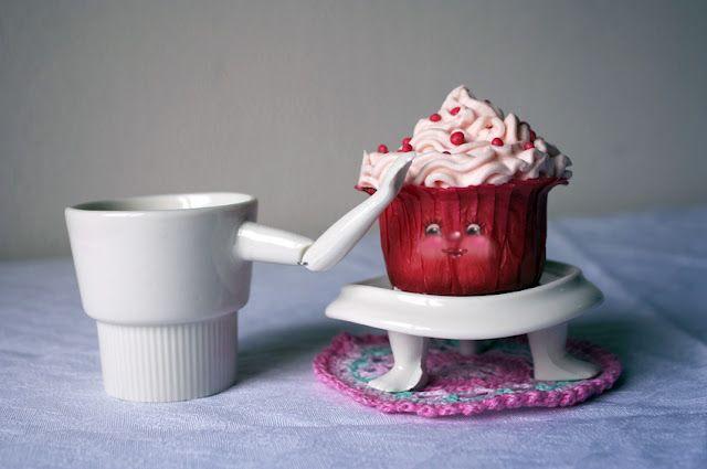 So cute cupcake and mug