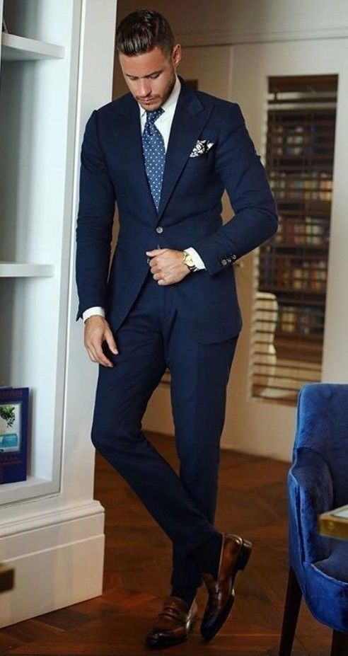 Top 5 Places to Buy Custom Suits Online | Patyrns #men'ssuits