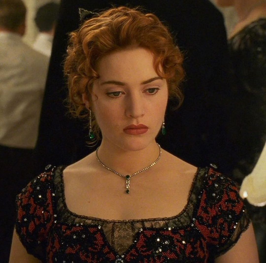 𝐓𝐈𝐓𝐀𝐍𝐈𝐂 On Instagram 𝙎𝙝𝙚 𝙨 𝙖 𝙥𝙧𝙞𝙣𝙘𝙚𝙨𝙨 𝙖𝙣𝙙 𝙖 𝙂𝙤𝙙𝙙𝙚𝙨𝙨 In 2020 Kate Winslet Titanic Kate Winslet Most Beautiful Indian Actress