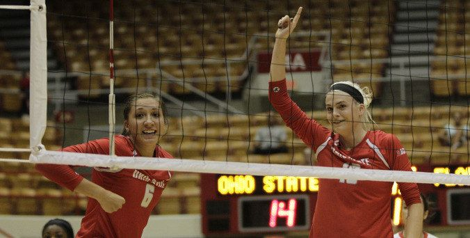 Winning Streak Stretches To Six Straight For Women S Volleyball Women Volleyball Volleyball News Volleyball Quotes