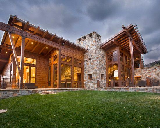 Brilliant Contemporary Rustic Home Design Large Lawn Area In