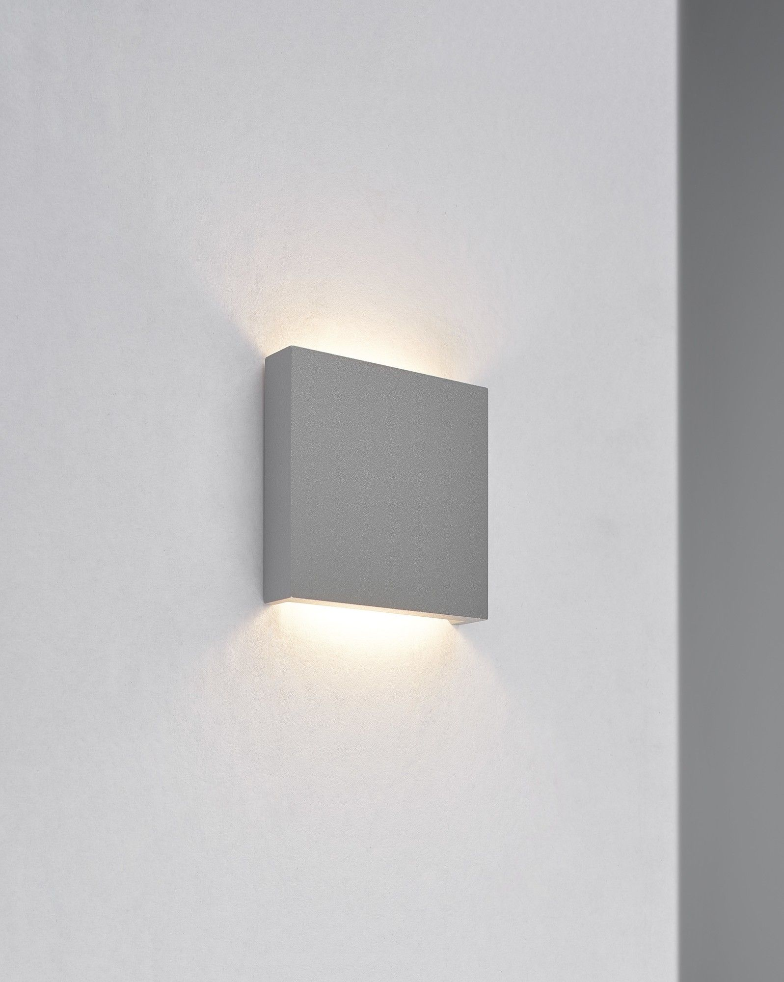 Q2 1 Light Flush Mount Led Wall Sconce Wall Sconces Wall Sconce Lighting