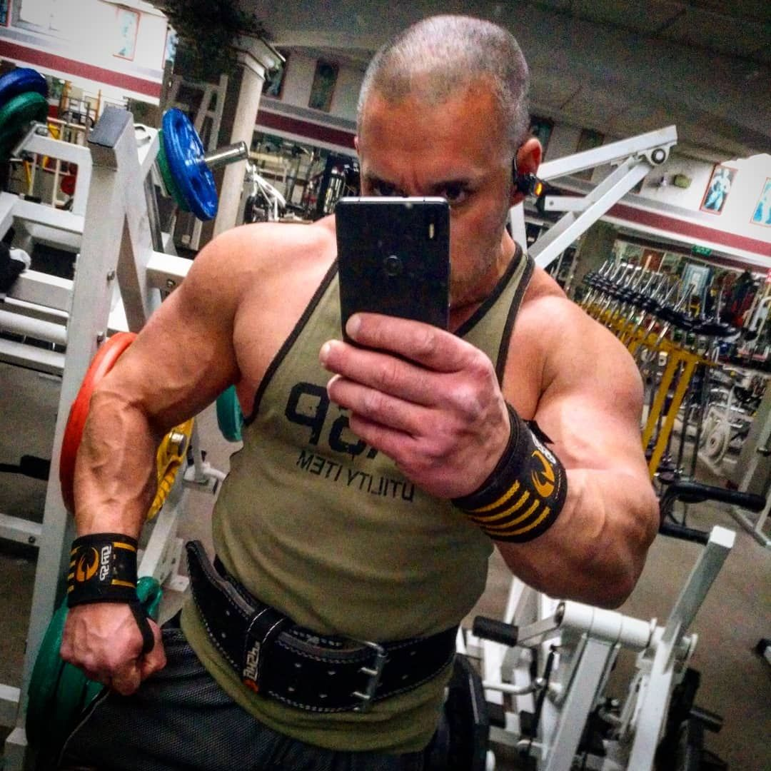 Gym moment !!! 💪💀   #bodybuilding     #muscle     #gym    #muscles     #protein     #fitness    #mod...
