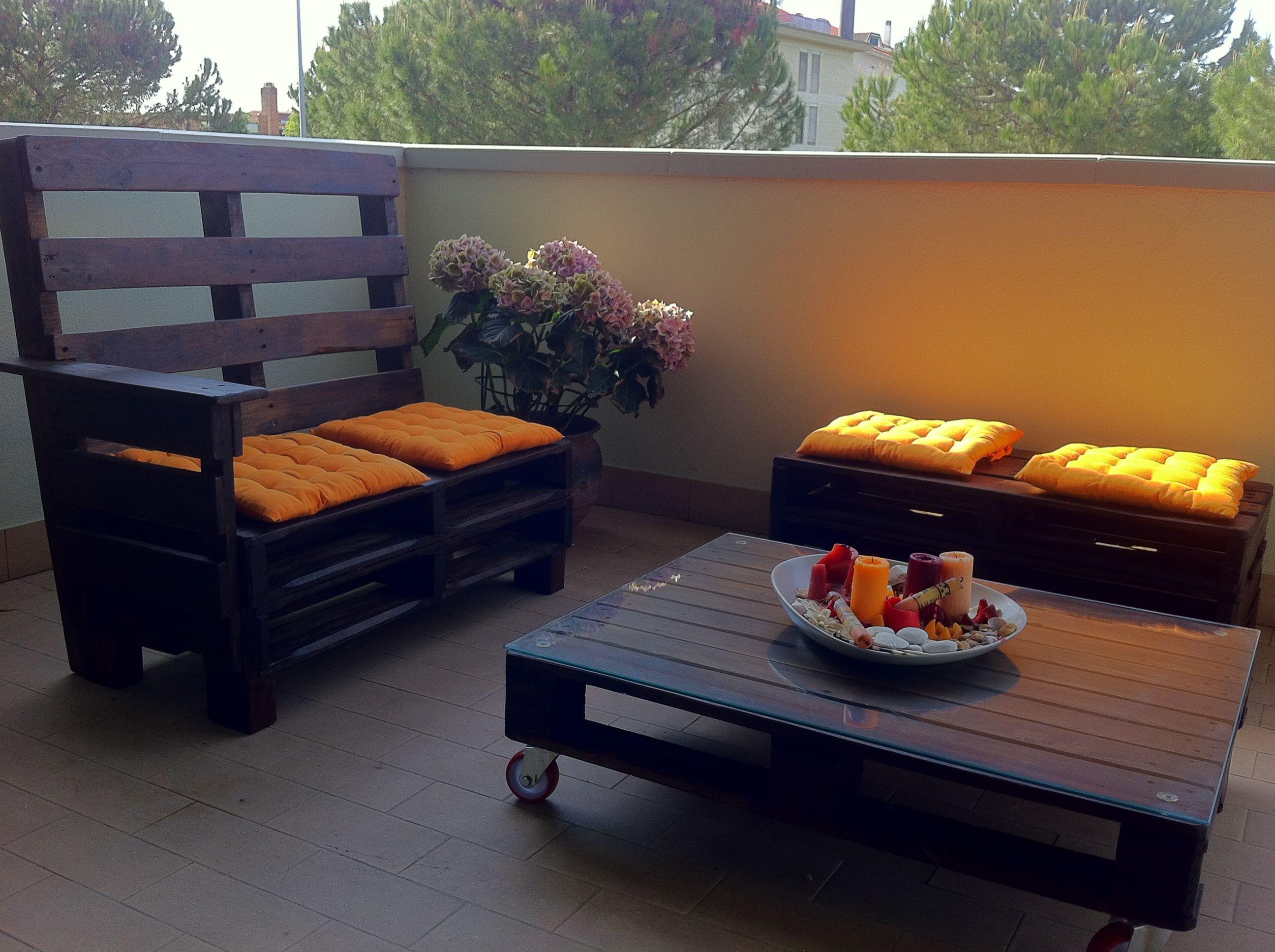 Mobili Giardino Con Pallet.Realizzazione Arredo Giardino Con Bancali Di Recupero