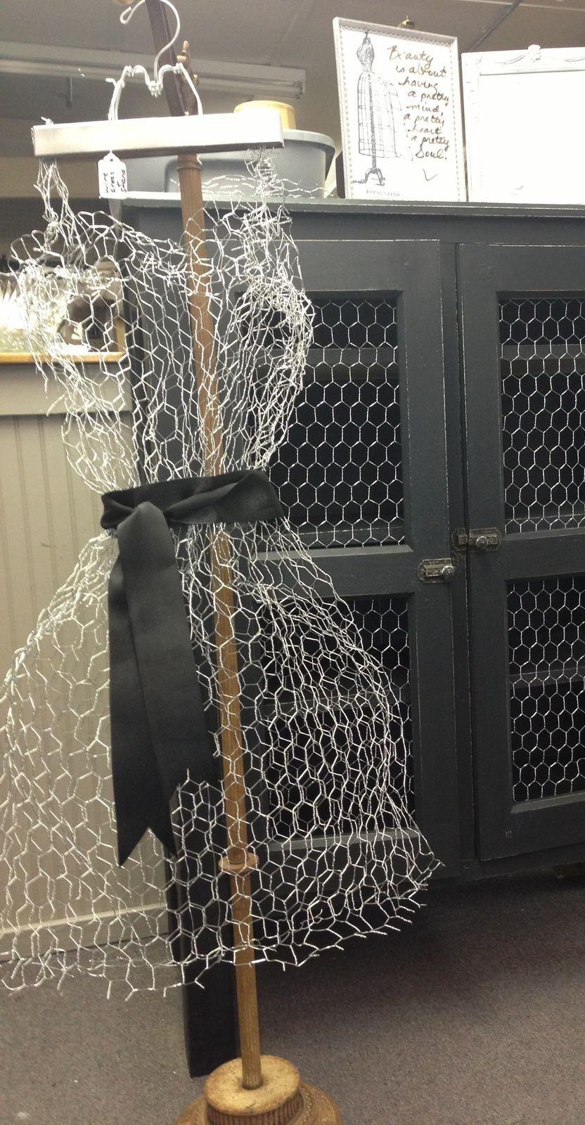 Chicken wire dress. https://www.facebook.com/jodiecurtaincall ...