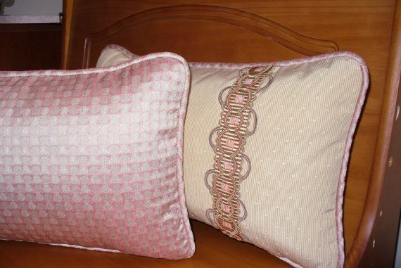 Country style pillow size 19in. x 11in. by Emurs on Etsy
