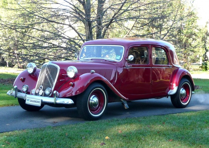Bathurst-winning Citroën Traction Avant to cross the auct | Hemmings Daily