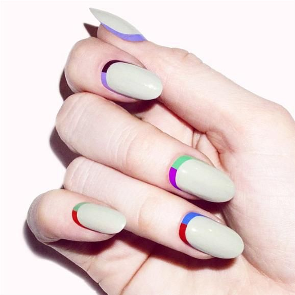 Split Ruffian Manicure by Madeline Poole. Head over to Pampadour.com for products to recreate this design! #nails #nailpolish #polish #nailart #beauty #naildesign #manicure