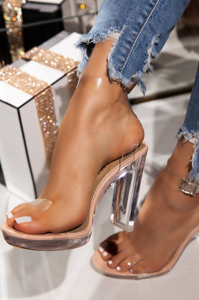 Pin by Karla Vargas on Shoes | Heels, Outfit accessories