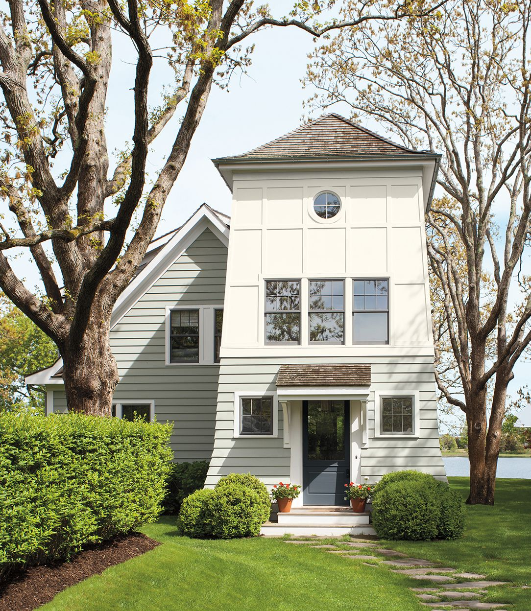 Exterior Home Paint Colors 2018: The Paint Colors You'll L-O-V-E In 2018