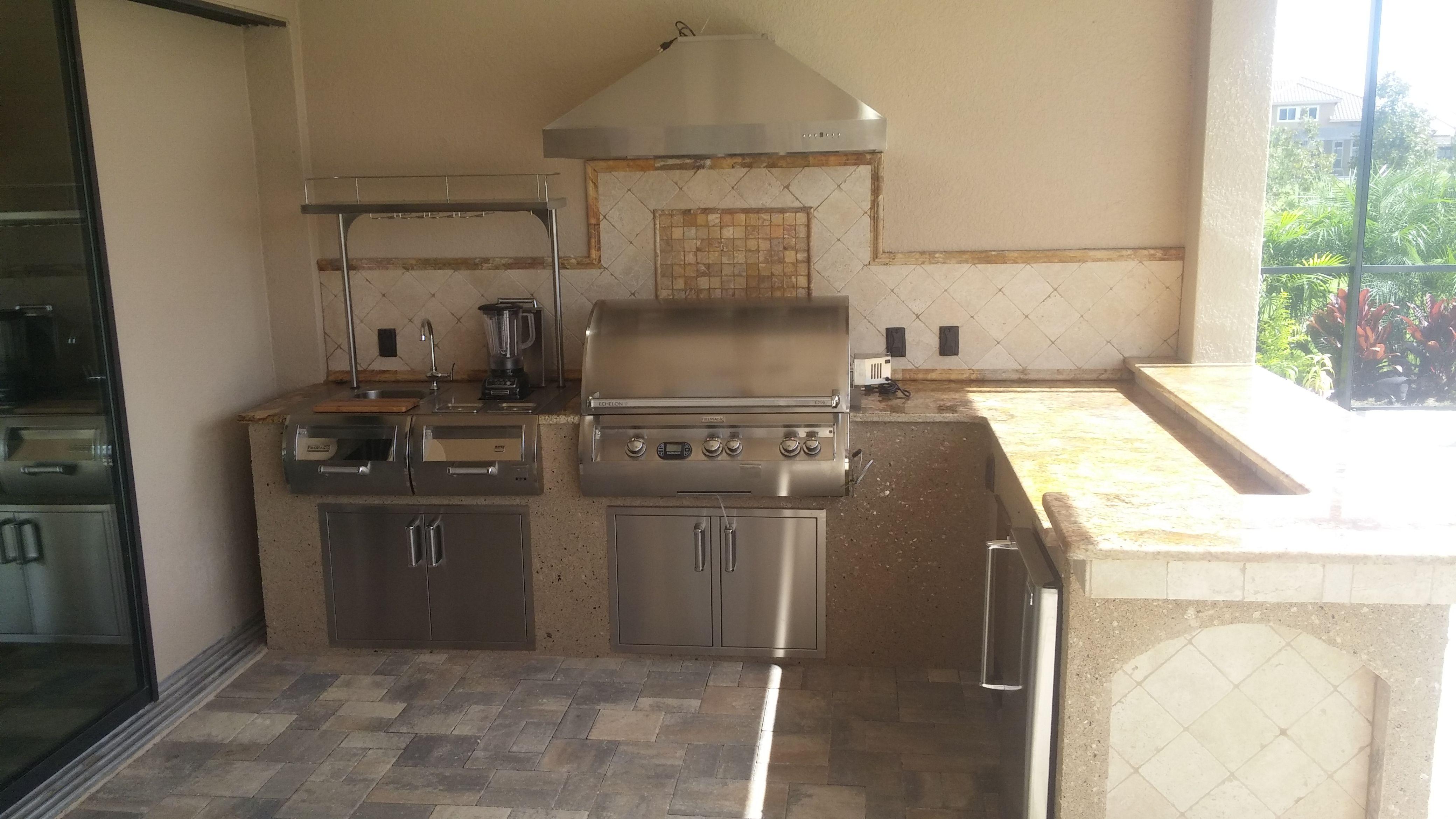 backsplash outdoor kitchen kitchen design summer kitchen on outdoor kitchen backsplash id=49647