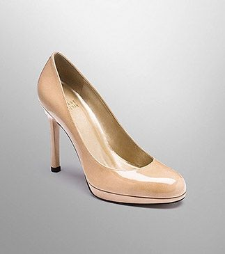 Stewart Weitzman Nude pumps are so perfect