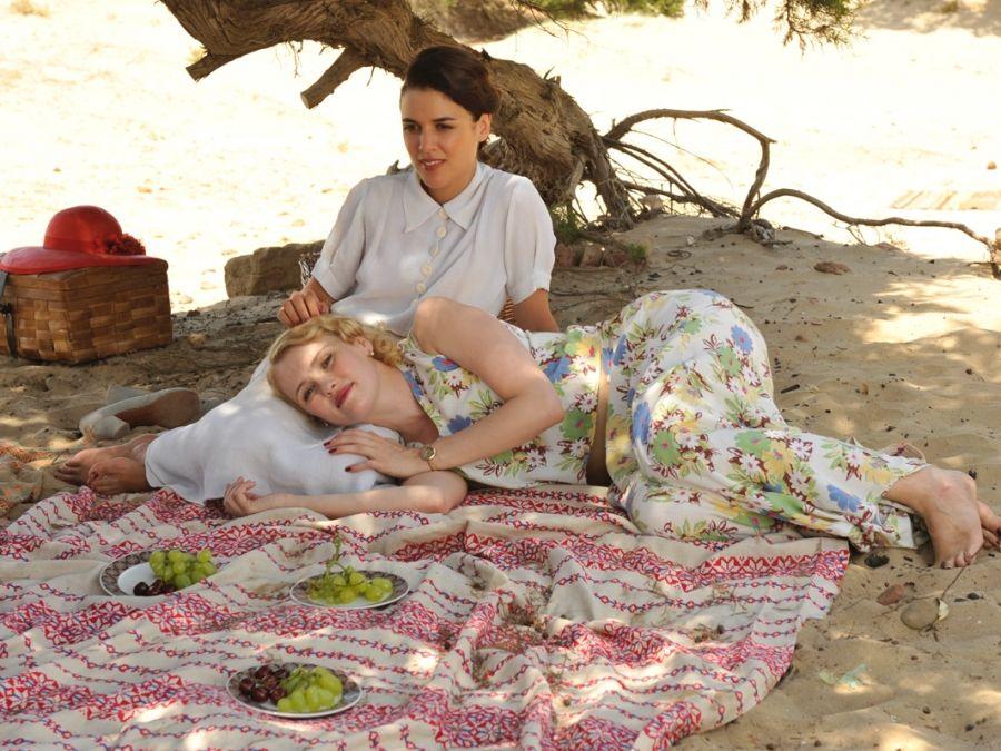 Sira y Rosalinda descansan