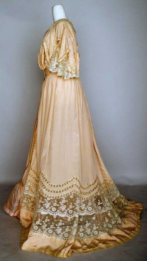 BELLE EPOQUE PINK SILK PEIGNOIR Fine silk faille, pintucking, wide flounces & inserts of Valenceinnes lace, cream China silk lining, trained skirt & empire top. Sideway