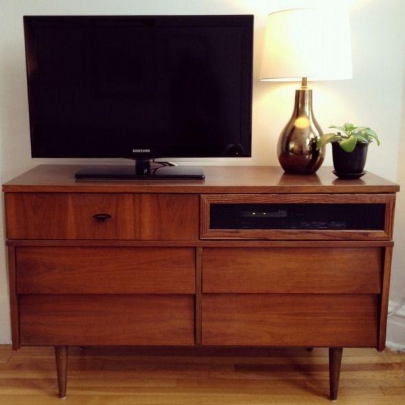 die besten 25 kommoden tv ideen auf pinterest kommode tv st nder kommoden unterhaltung. Black Bedroom Furniture Sets. Home Design Ideas