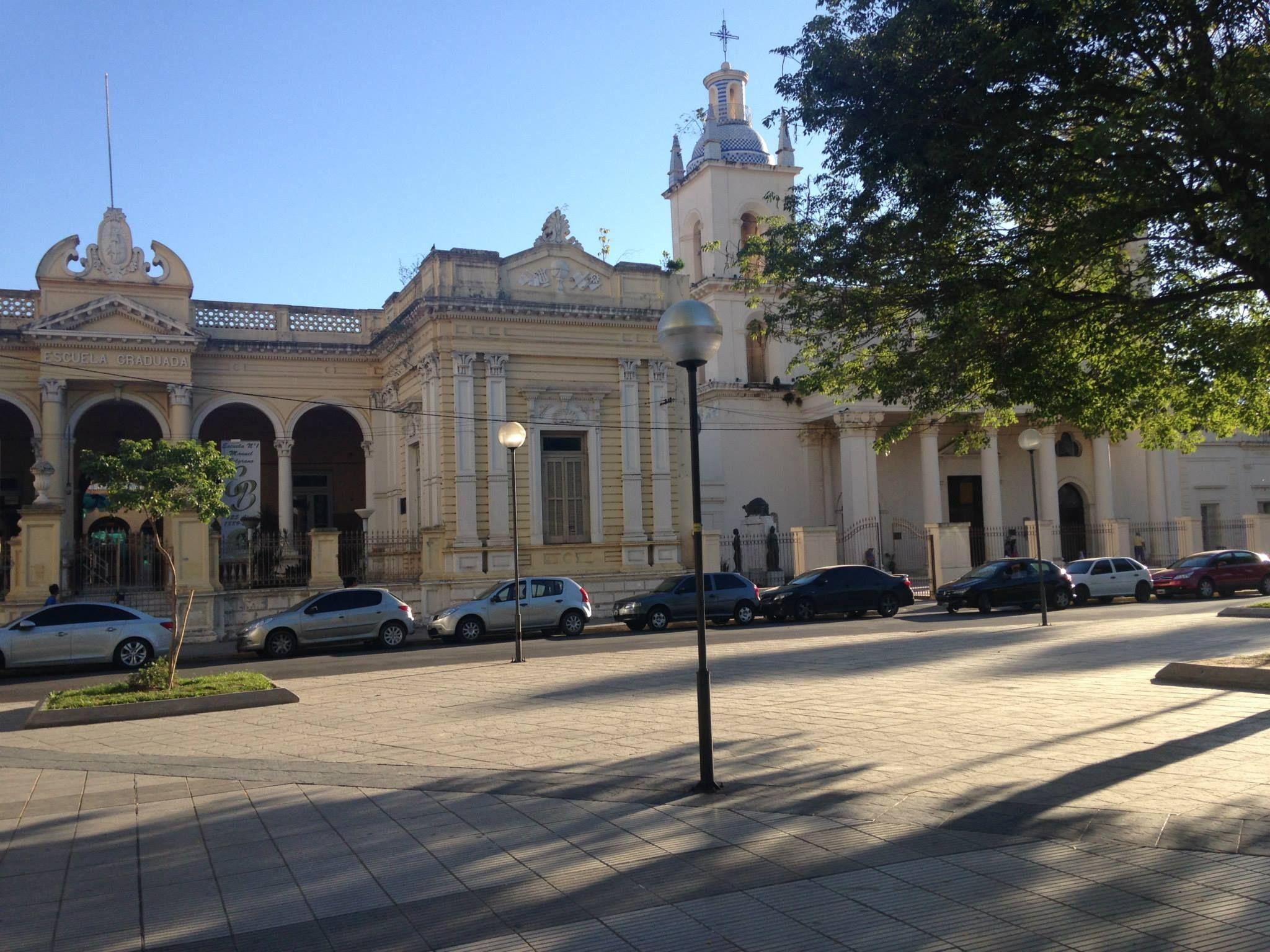 Escuela Belgrano Y La Catedral Corrientes Capital Con Imagenes