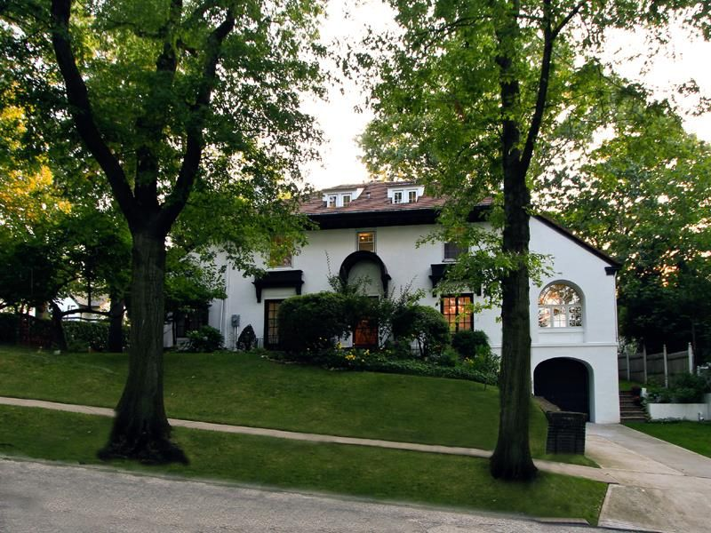 Open House Sunday August 31st 12 3 Pm Forest Hill S And Forest Hill S Gardens Real Estate Large Prominen Forest Hills Gardens Kew Gardens Home And Garden