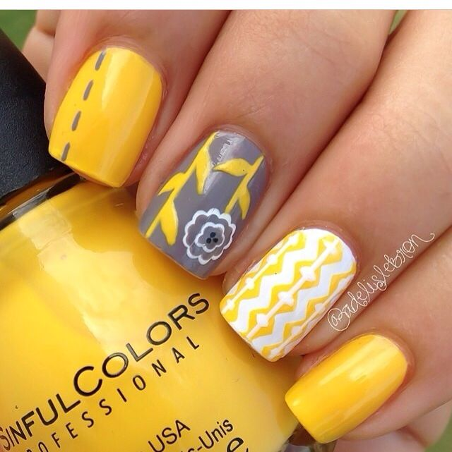 Yellow Nail Polish Toenails: Unhas Decoradas, Artes De Unhas Y Unhas