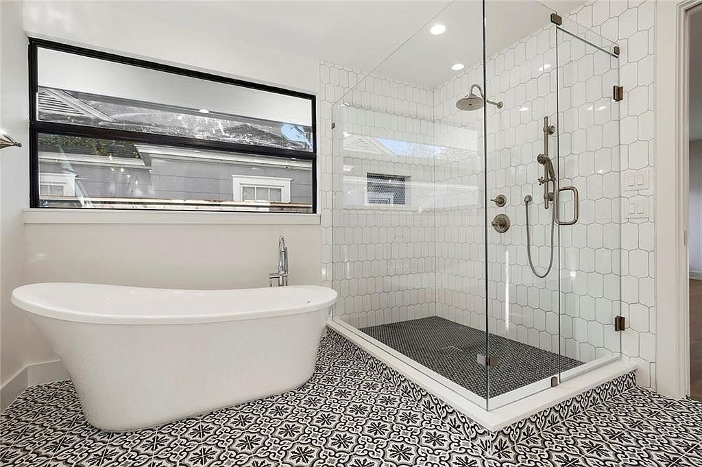 Bathroom Remodeling Service In Los Angeles Ca Bathrooms Remodel Bathroom Remodeling Services Remodel