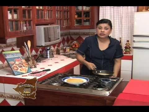 Nicaragua En Mi Sazon Con Maria Esther Lopez Manuelitas Rellenas