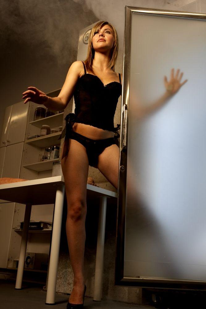 Noelle DuBois Nude Photos 35