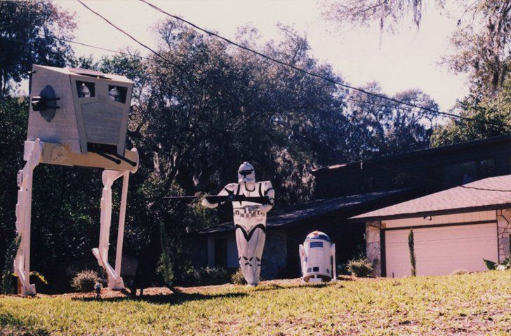 Decorate Your Front Yard With A Star Wars Theme Star Wars Halloween Decorations Star Wars Halloween Star Wars Theme