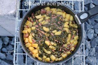 Pot+®e de chou portugais au bacon et pommes de terre #poteechouvert Pot+®e de chou portugais au bacon et pommes de terre #poteechouvert