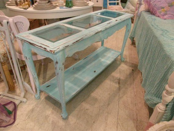 beach cottage distressed table...love it!