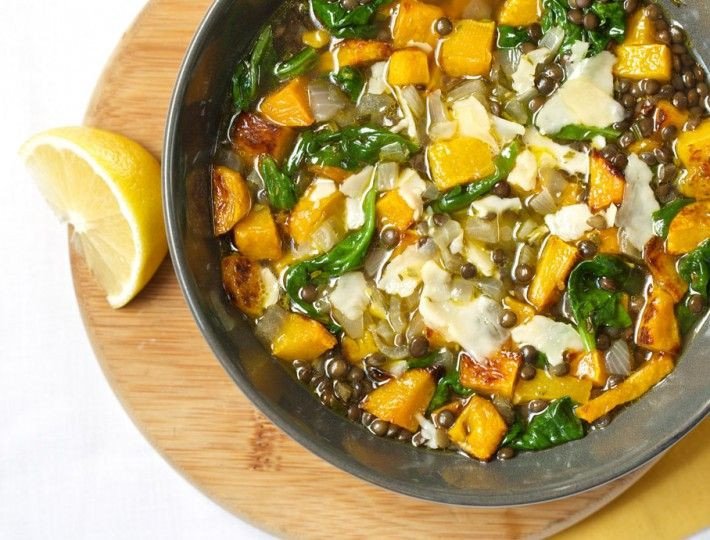 Autumn Market Lentil Soup – This delicious lentil soup with roasted butternut squash, spinach, and Parmesan cheese will keep you warm and satisfied without weighing you down.