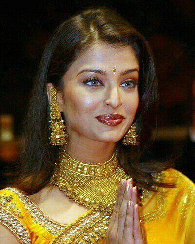 Aishwarya Rai Bachchan I Think She S The Most Beautiful Woman Ever Aishwarya Rai Aishwarya Rai Bachchan Aishwarya Rai Photo