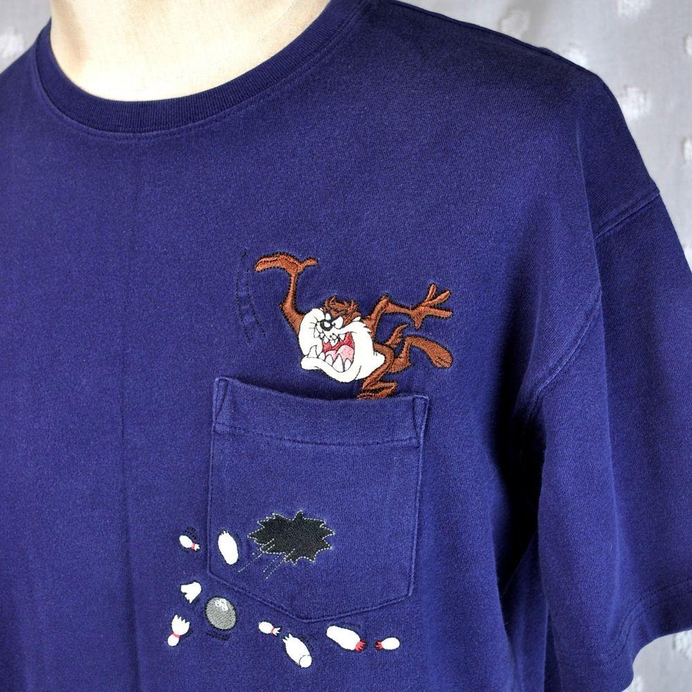 Taz tasmanian devil bowling medium wb pocket t shirt