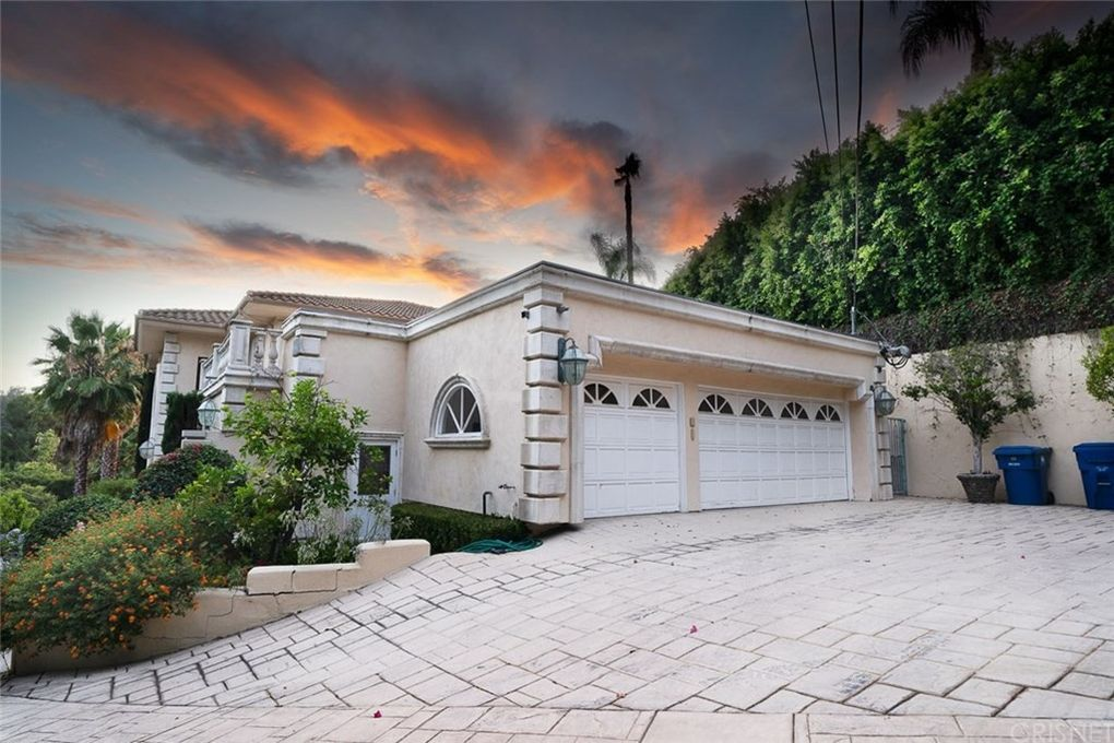 The Hype House Photos Who Lives There And Where It Is House Big Mansions House Worth