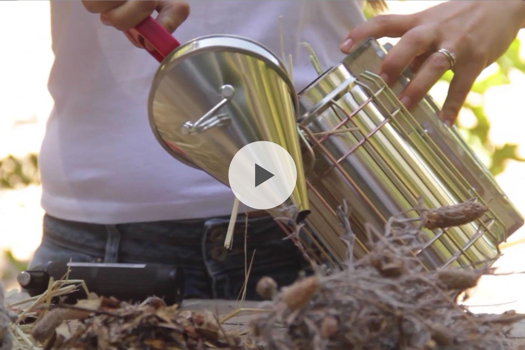 die besten 25 beekeeping equipment ideen auf pinterest bienenhaltung bienenzucht im garten. Black Bedroom Furniture Sets. Home Design Ideas