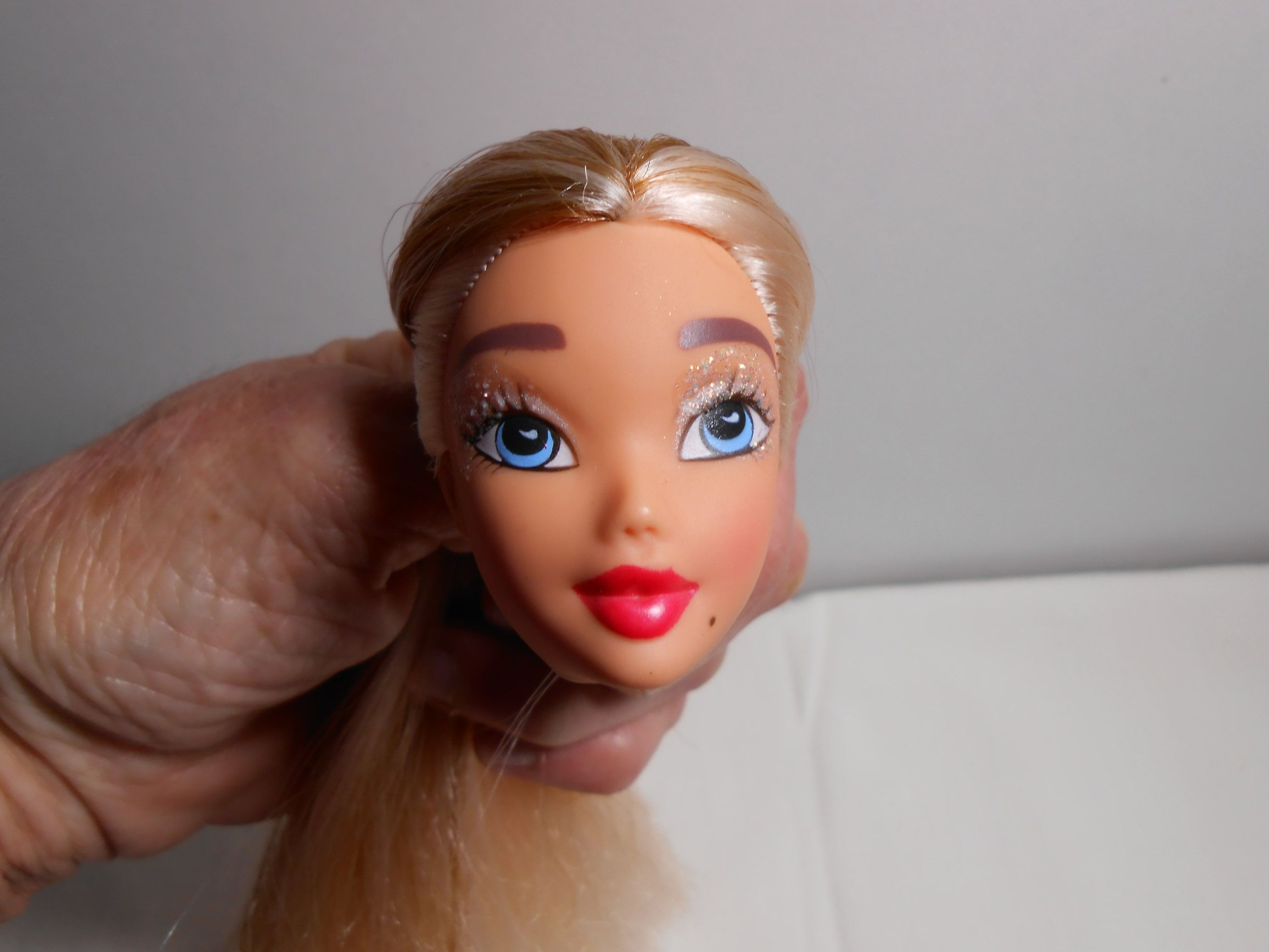 Photo of CLONE head My scenes Barbie without brand, Doll parts …