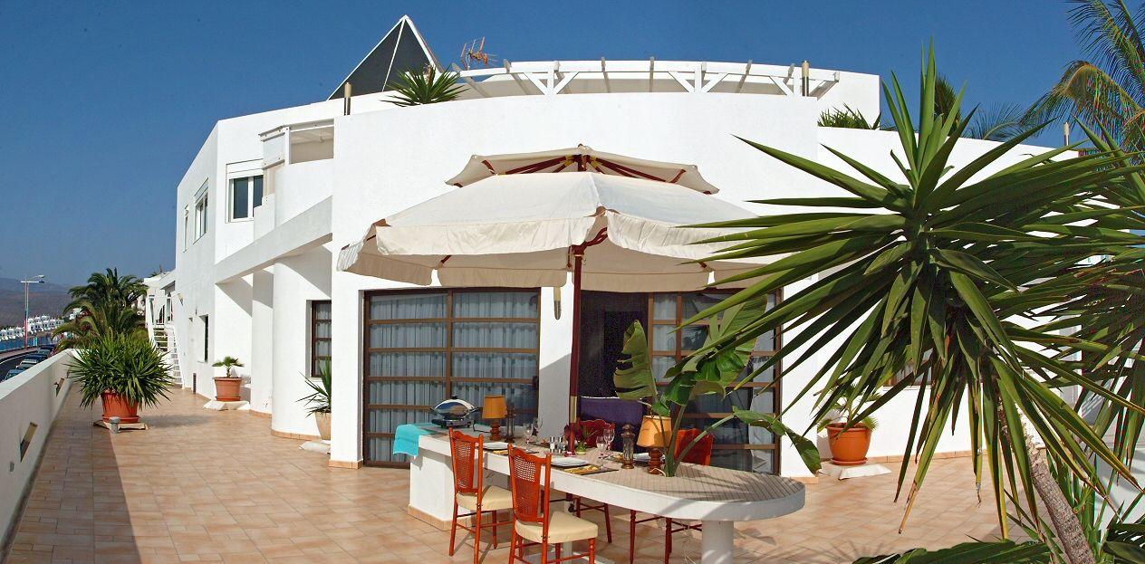 Villa De Lujo Con Vista Sobre Amadores Y El Mar Villa De Lujo Vistas Villa
