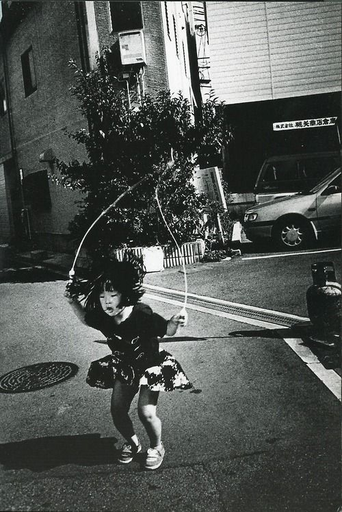 Daido moriyama scan from the world through my eyes photography m pinterest osaka eye and photography