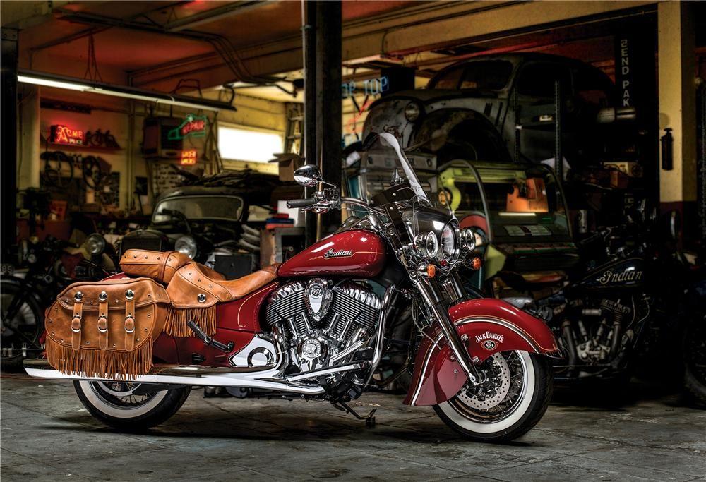 2014 INDIAN CHIEF VINTAGE CUSTOM CRUISER MOTORCYCLE