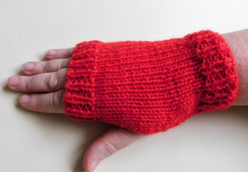 Super Easy Knit Fingerless Gloves Fingerless Gloves Super Easy