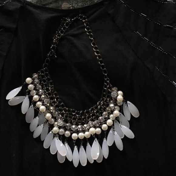 BKE boutique Necklace Beautiful black with white pearls. This necklace is very stunning. Excellent condition BKE Jewelry Necklaces