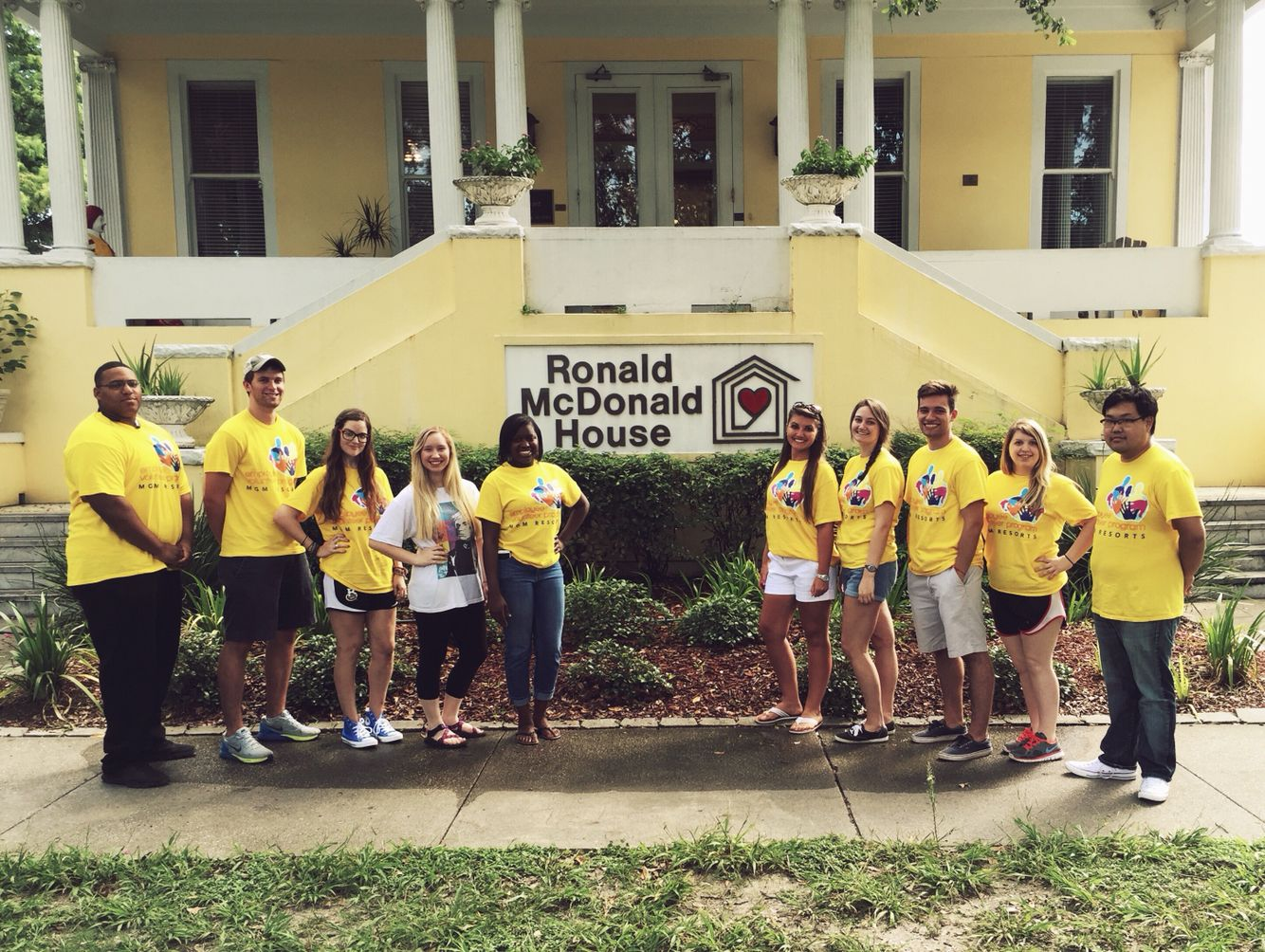 The HIP interns had the opportunity to volunteer our time at Ronald McDonald house in New Orleans, Louisiana. It is a wonderful organization that allows free housing to families while their children are being treated.