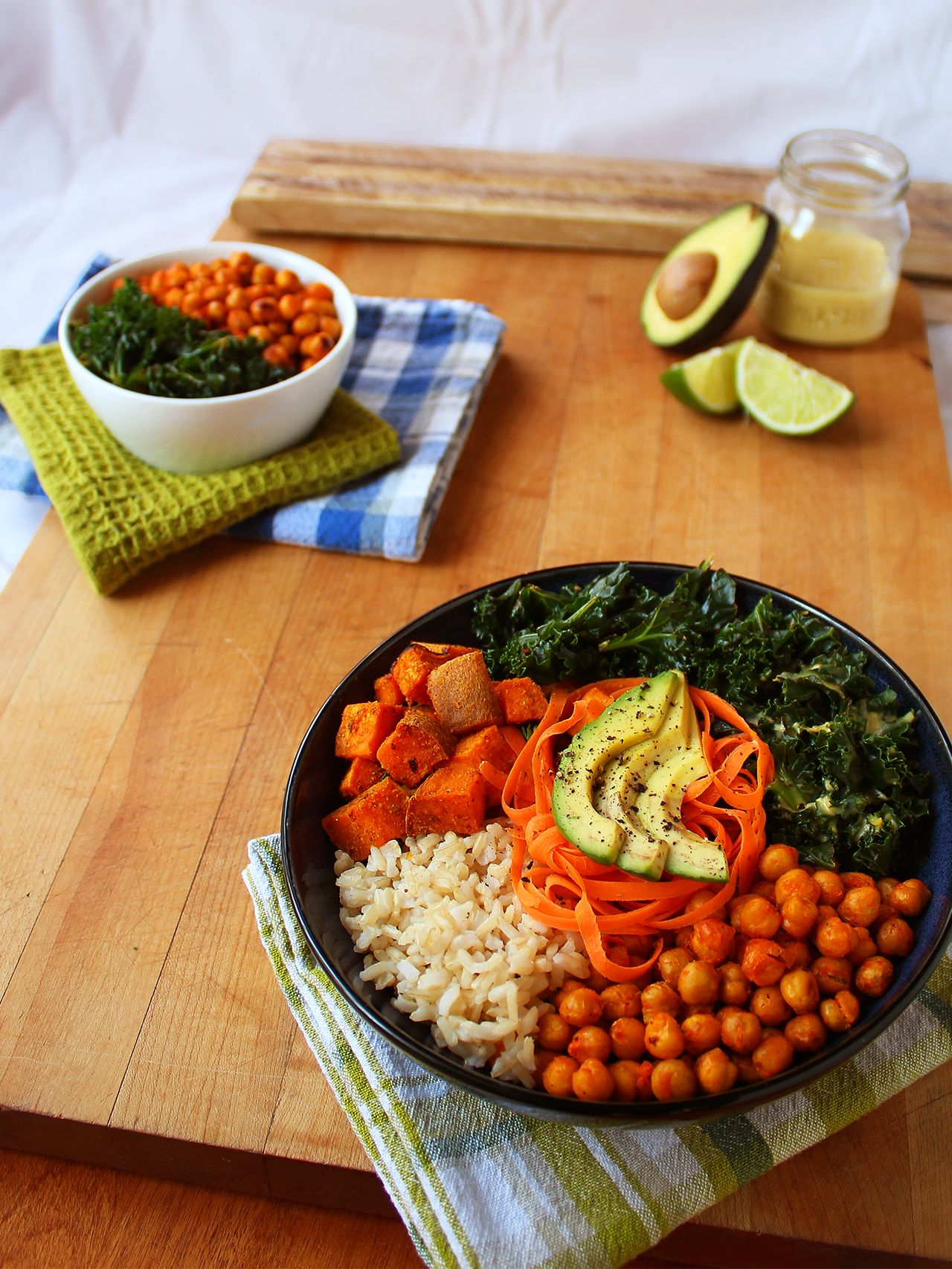 Vegan lunch bowl steamed brown rice curry roasted sweet potatoes vegan lunch bowl steamed brown rice curry roasted sweet potatoes sriracha roasted chickpeas chili lime kale carrot ribbons sliced avocado with lime forumfinder Image collections