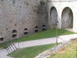 Une autre vue du château de dinan, il est superbe et très bien entretenu, la vieille ville de dinan aussi vaut le détour !
