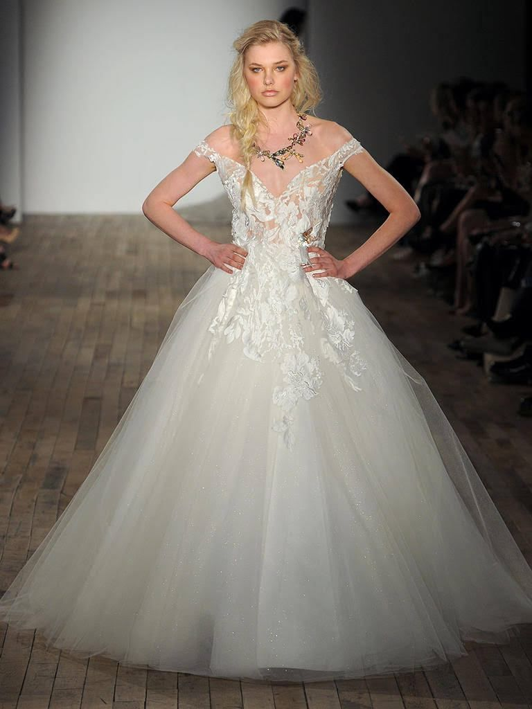Wedding dress with straps  Pin by Anecia Wharwood on Here comes the bride The dress  Pinterest