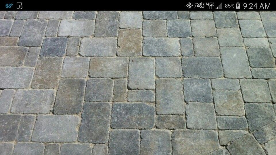 3 pc random pattern Belgard dublin cobble using fossil beige