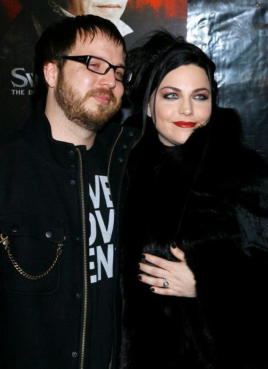 Amy Lee comagradável, marido Josh Hartzler