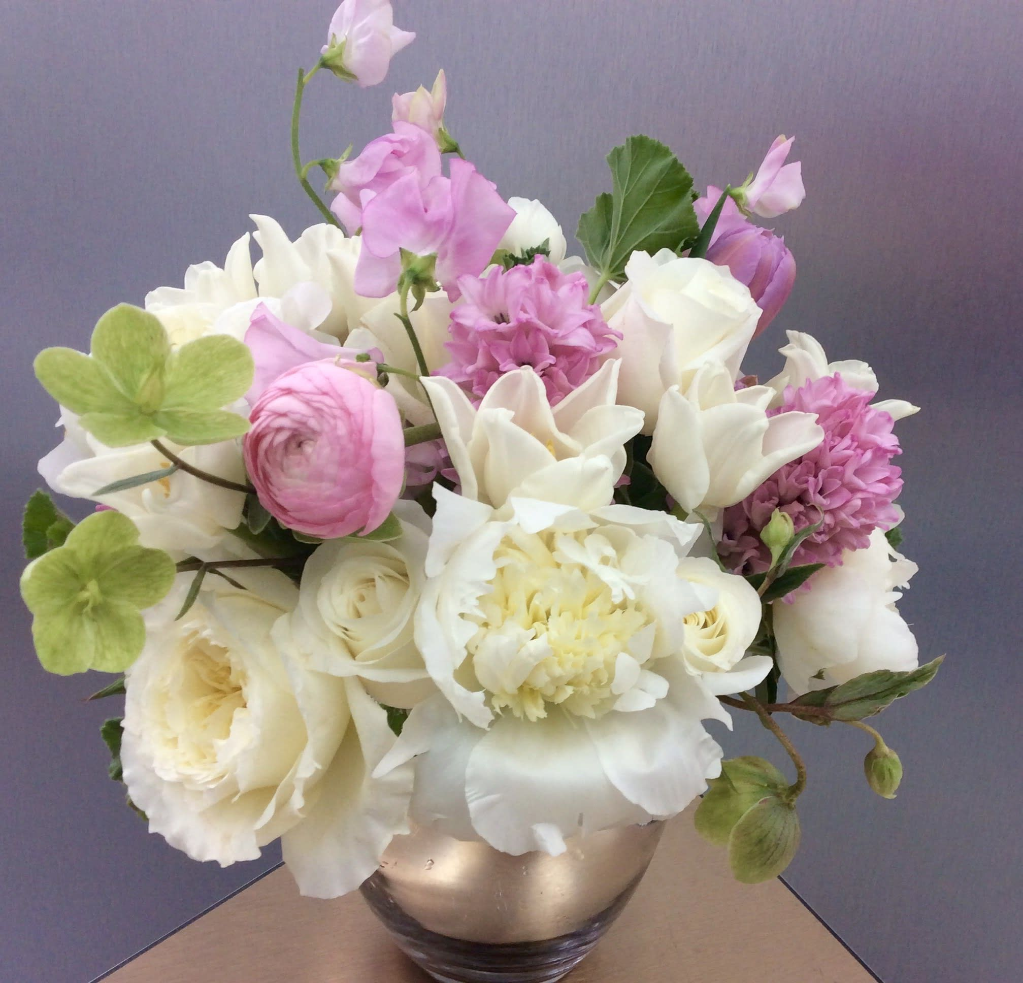 Cotton Candy By Flowers By Ivona Fresh Flower Delivery Flower Delivery Fresh Flowers Arrangements